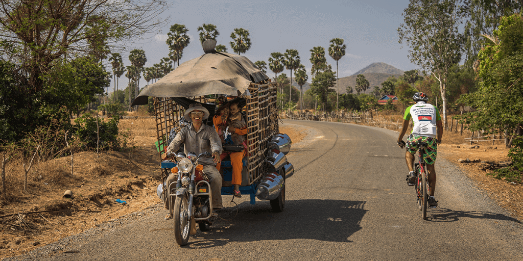 Best Awesome Adventure - Traveling from Phnom Penh to Battambang