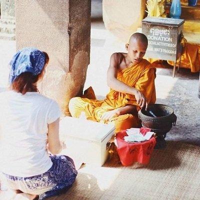 cambodian etiquette